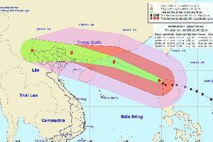 Siêu bão Mangkhut và hoàn lưu gây ảnh hưởng rộng, tiềm ẩn rủi ro, thiệt hại lớn