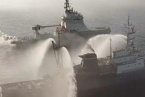 Tàu chiến Nga phô diễn sức mạnh trong tập trận Vostok 2018