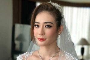 Kim Nhã BB&BG xinh đẹp trong đám cưới ở Thái Lan