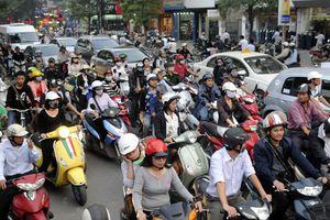 Thu phí ùn tắc và bảo vệ môi trường: Giải pháp hạn chế phương tiện cá nhân