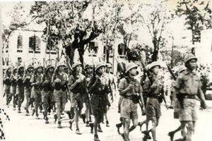 Xây dựng lực lượng vũ trang bảo vệ chính quyền cách mạng