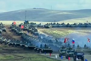 Sức mạnh quân sự Nga phô diễn trong tập trận Vostok-2018
