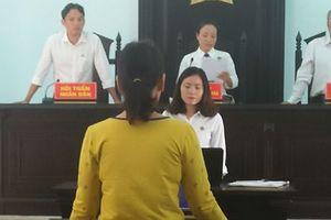 Bà chủ quán 'karaoke không hát hò' 13 năm né tội chứa mại dâm