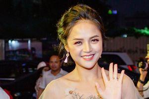 DV Thu Quỳnh kể chuyện bị hoảng loạn khi có khán giả nhắn tin dọa nạt mình