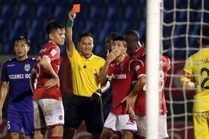 VFF chốt án phạt với trọng tài bẻ còi trận B.Bình Dương vs Than Quảng Ninh