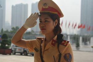 Nữ CSGT Hà Nội 'ghi điểm' tại Diễn đàn kinh tế thế giới
