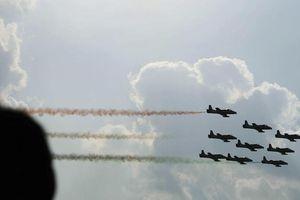 Không quân Ấn Độ: Phi công thiếu ngủ vì mải mê mạng xã hội