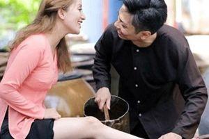 Gia thế 'khủng' của Á hậu, người đẹp Việt lấy chồng 'phi công trẻ'