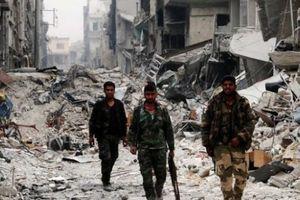 Nóng chiến sự Syria: Khủng bố chất đầy khí độc, chuẩn bị tấn công