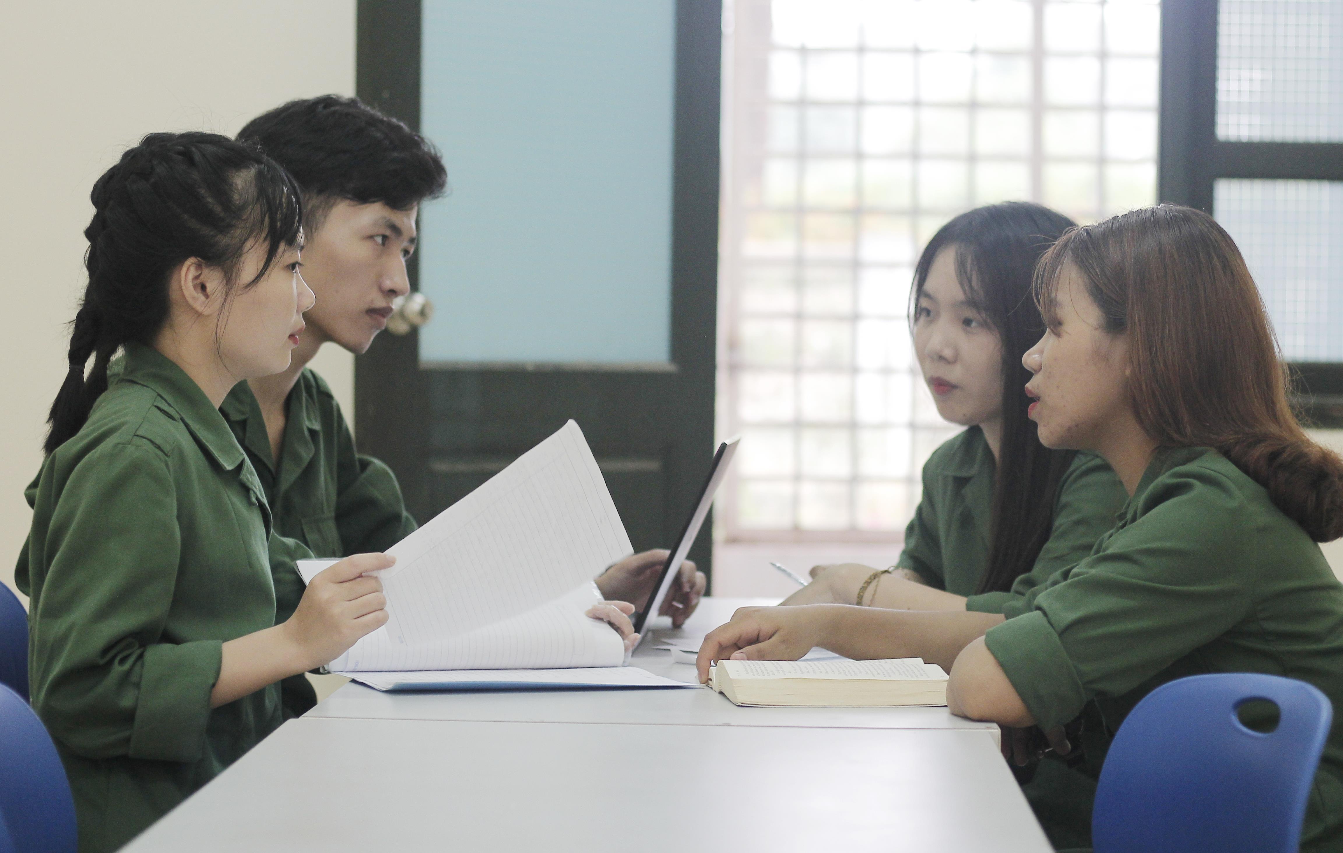 'Radio Hòa Lạc' kết nối cảm xúc