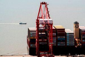 Tổng thống Trump tiếp tục áp thuế hàng Trung Quốc