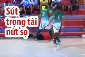 Cầu thủ nổi đóa sút nứt sọ trọng tài trên sân Futsal