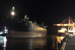 2 công nhân chết ngạt trong hầm tàu quốc tịch Panama