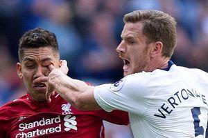 Tiền đạo Liverpool suýt bị mù vì pha chọc tay vào mắt của hậu vệ Tottenham