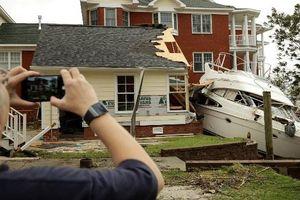 Mỹ huy động hơn 3.000 phương tiện quân sự chống bão Florence