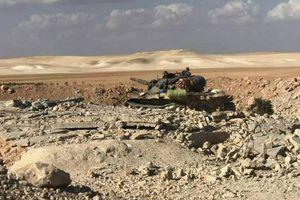 Chiến sự Syria: Quân chính phủ đẩy mạnh các cuộc tấn công tại ngoại ô Hama và Idlib