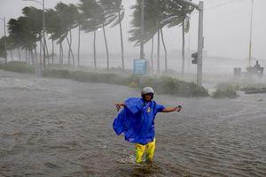 Siêu bão Mangkhut tấn công Philippines và Trung Quốc