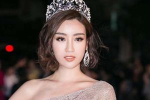 Hoa hậu Mỹ Linh diện váy lệch vai đẹp như công chúa hút mắt người nhìn