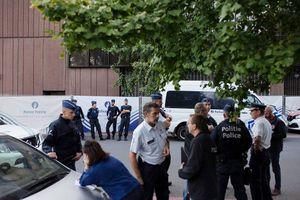 Cảnh sát Bỉ bắn bị thương nặng nghi phạm dùng dao tấn công
