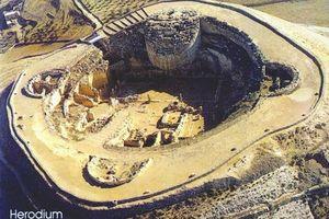Độc đáo pháo đài kỳ vĩ bậc nhất của Herod Đại đế