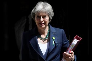 Thủ tướng Anh cảnh báo các nghị sĩ đảng Bảo thủ phản đối Brexit