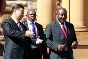 Trung Quốc cho Nam Phi vay 25 tỉ USD