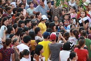 Lạm thu tại trường Sơn Đồng: Hiệu trưởng lạm quyền
