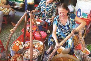 Ẩm thực vỉa hè Sài Gòn - câu chuyện đến từ những chú cua