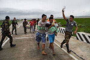Chùm ảnh: Siêu bão Mangkhut tàn phá khủng khiếp ở Philippines như thế nào?