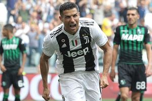 Ronaldo ghi bàn trở lại, cán mốc 400 bàn thắng vĩ đại