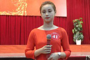 Nữ sinh lai Tây rạng ngời tại Hoa khôi Sinh viên Việt Nam 2018