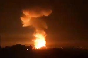 Miền Tây Syria bị tấn công tên lửa quy mô lớn