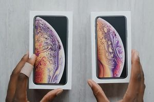 Ảnh, video mở hộp iPhone XS Max xuất hiện trước ngày mở bán
