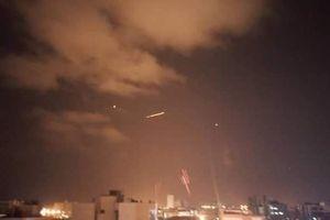 Syria rung chuyển bởi cuộc tấn công tên lửa bí mật