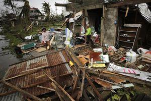 Điện thăm hỏi về tình hình siêu bão Mangkhut ở Philippines