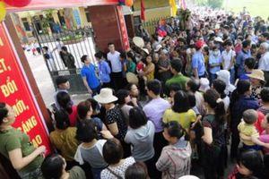 Tiểu học Sơn Đồng bị tố lạm thu: Trường 'không trung thực' thế nào?