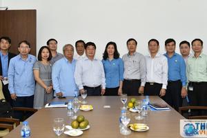 Đoàn Trung ương Liên hiệp Công đoàn Lào trao đổi kinh nghiệm công tác tại Bộ Ngoại giao