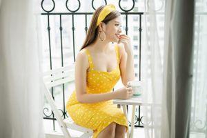 Phan Hoàng Thu hóa quý cô Paris với gam vàng mùa thu quyến rũ