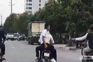 Bức xúc nhóm thanh niên đi xe máy đầu trần, dàn hàng ngang trên phố