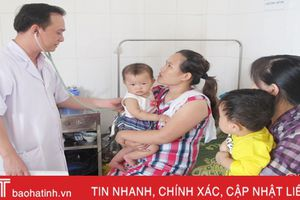 Giao mùa, trẻ nhập viện do viêm phổi, tiêu chảy tăng