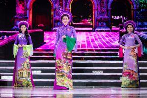 Ngắm bộ sưu tập áo dài 'Gót khuê' tại chung kết Hoa hậu Việt Nam 2018