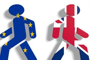 Chính phủ Anh xem xét ngừng ưu đãi cho công dân EU hậu Brexit