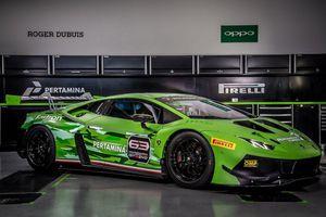 Lamborghini Huracan GT3 Evo phô diễn sức mạnh và tốc độ