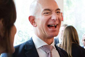 Những thói quen thường ngày tạo nên thành công của tỷ phú Jeff Bezos