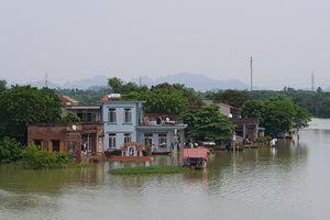 Ninh Bình: Hỗ trợ 2 tỷ di dời khẩn cấp các hộ dân ra khỏi vùng thiên tai đến nơi an toàn
