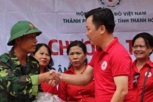 Chung tay hỗ trợ người dân Mường Lát