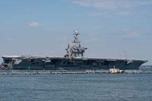 Tàu sân bay USS Harry S. Truman vượt Đại Tây Dương sau khi Mỹ đe dọa Syria