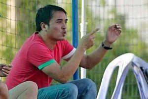 Tố trọng tài 'giết' bóng đá, HLV Đức Thắng bị 'treo' ba trận