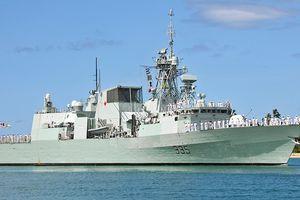 Khu trục hạm tối tân Calgary Hải quân Canada thăm Đà Nẵng