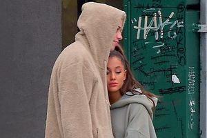 Ariana Grande xuất hiện buồn bã bên bạn trai sau khi tình cũ qua đời